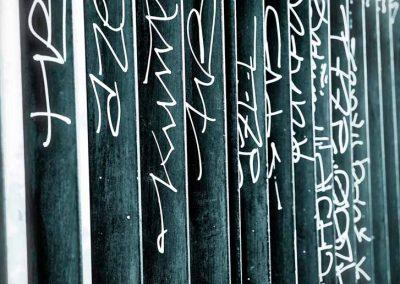 Grille taguée dans Montpellier