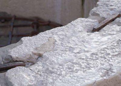 Fontaine gelée dans le vieil Annecy