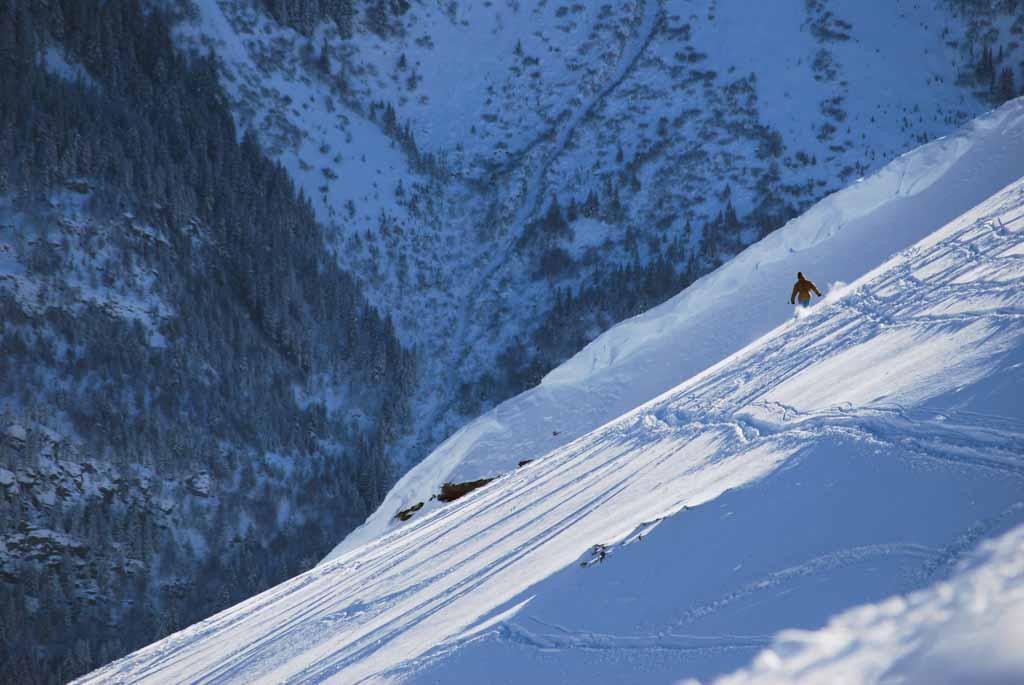 Photo de montagne : l'envers du Mont Joly face au Mont-Blanc