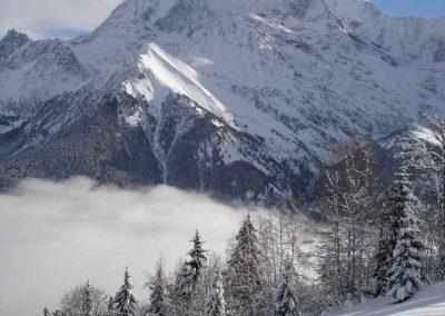 Le Mont Blanc en hiver depuis la piste vers les Chattrix