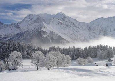 Le Mont Blanc en hiver depuis le plateau de la Croix
