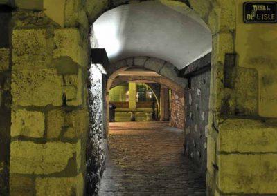 Le passage de l'île de nuit à Annecy